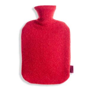 Waermflaschenbezug-aus-Merinowolle-kirsche