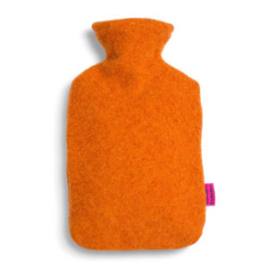 Waermflaschenbezug-aus-Merinowolle-zimt